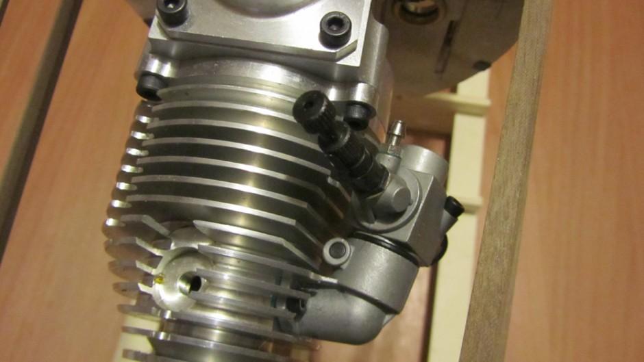 anche il carburatore , in zona laterale, rientra abbastanza negli ingombri